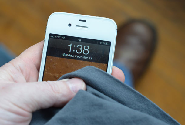 Cum sa-mi curat telefonul mobil?